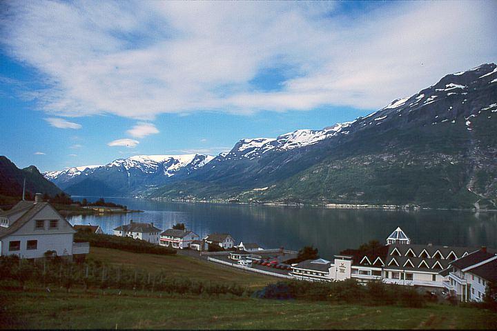 Norwegen: Kommune Ullensvang - Lofthus: Mönchstreppen-Wanderung / Hordaland (1)